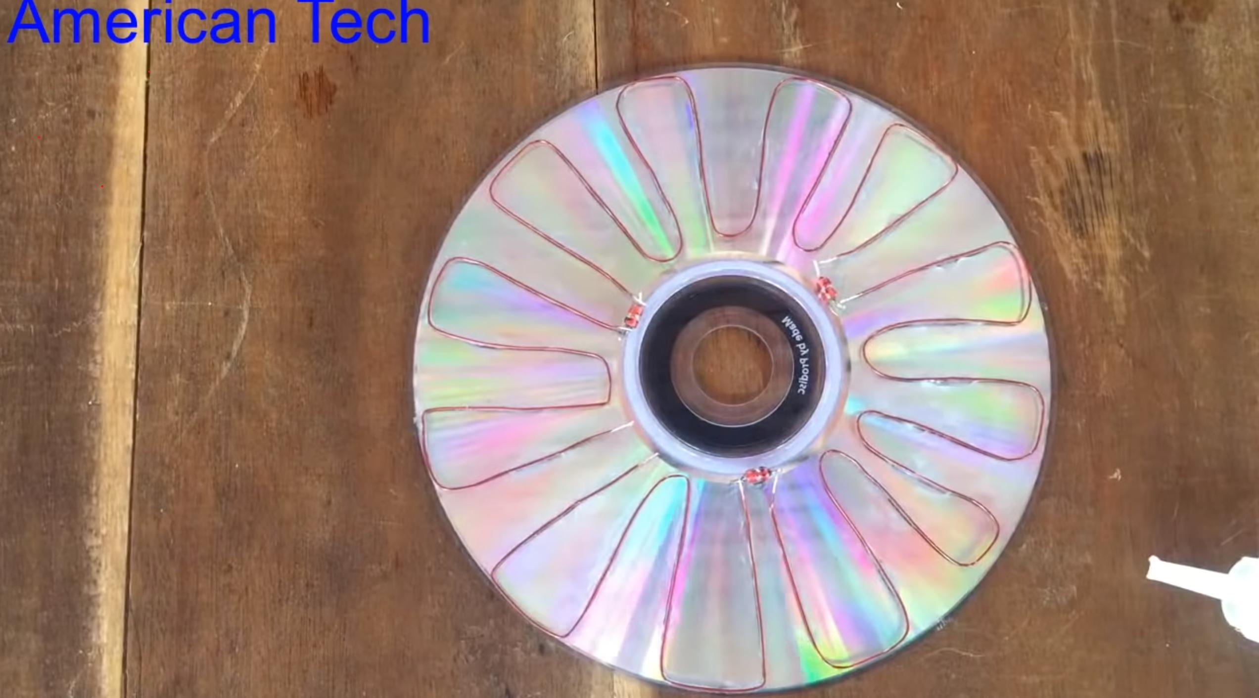 Cum să faci o celulă fotovoltaică dintr-un cd/dvd